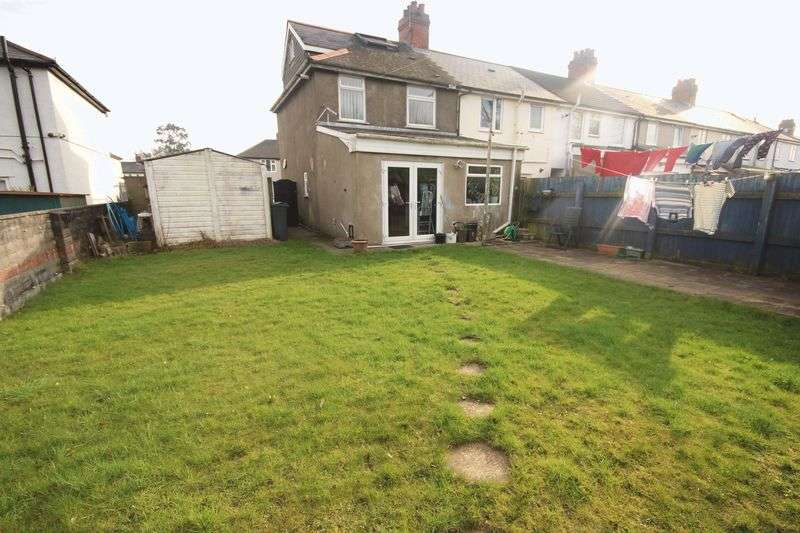 4 Bedrooms Semi Detached House for sale in Skelmuir Road, Tremorfa