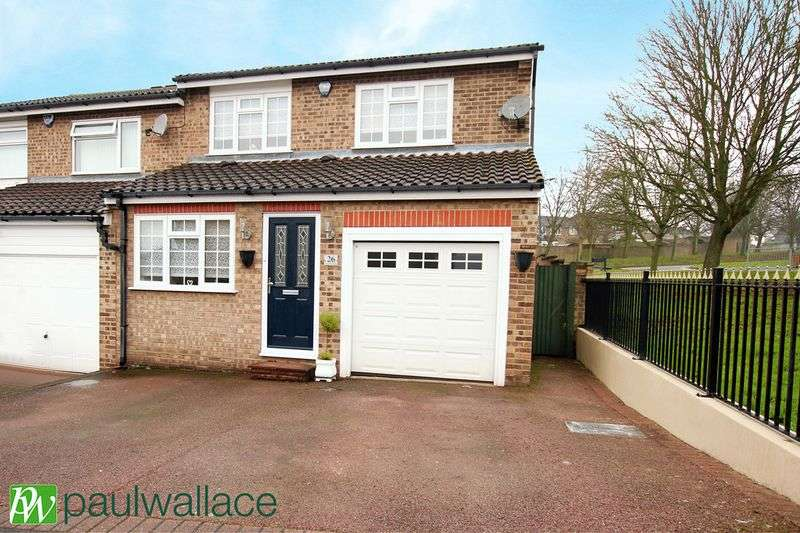 3 Bedrooms Semi Detached House for sale in Tanfield Close, West Cheshunt