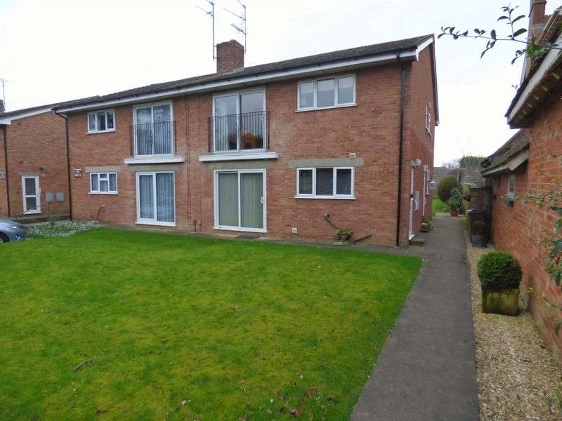 2 Bedrooms Flat for sale in North Upton Lane, Gloucester