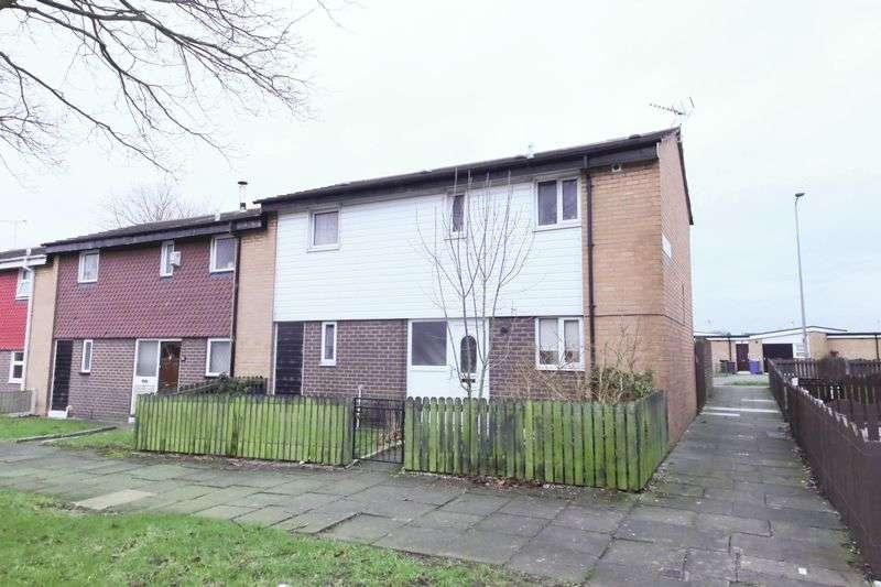 3 Bedrooms Terraced House for sale in Selkirk Grove, Worsley Mesnes, Wigan