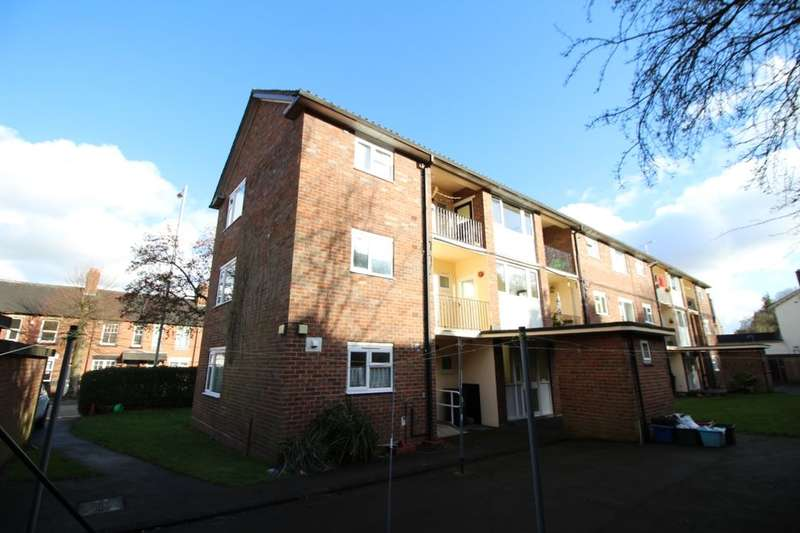 1 Bedroom Flat for sale in Friarswood Road, Newcastle, ST5