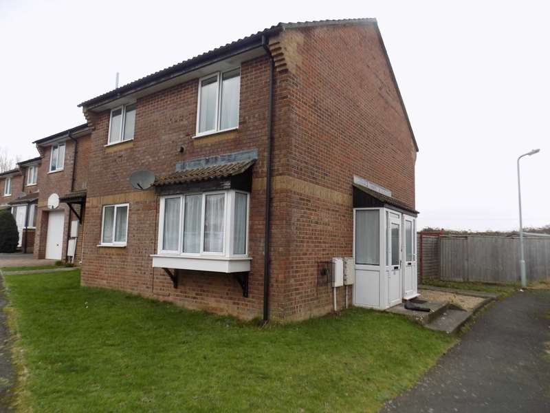 1 Bedroom Semi Detached House for sale in Crib Close, Chard