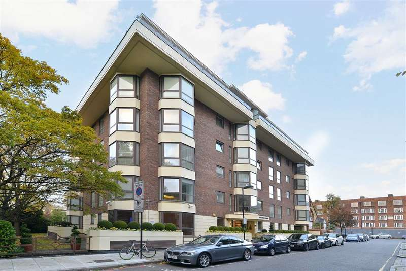 3 Bedrooms Flat for sale in Balmoral Court, London, NW8