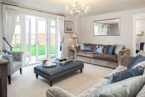 4 Bedrooms Detached House for sale in Tresawls Road, Truro, Cornwall