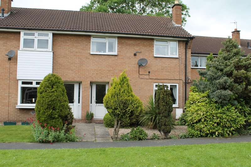 3 Bedrooms Semi Detached House for sale in Hopwith Close, Easingwold, York, YO61 3BY