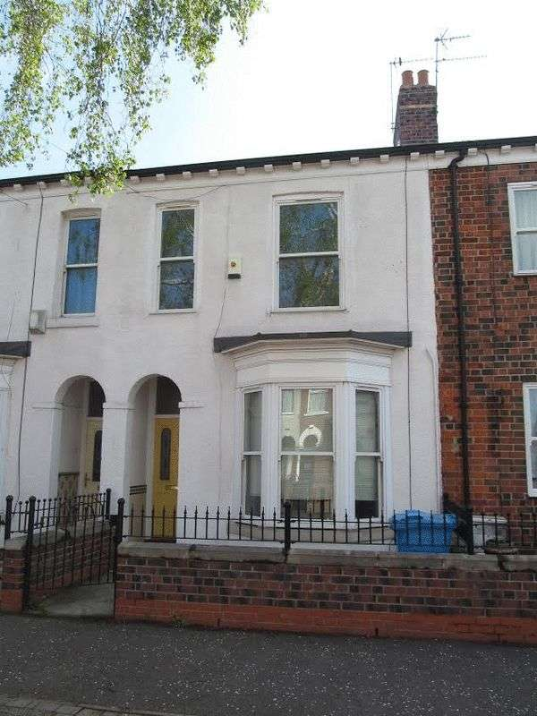 3 Bedrooms Terraced House for sale in Plane Street, Hull