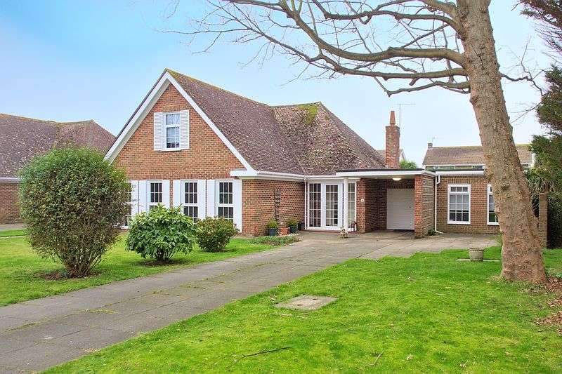 3 Bedrooms Detached Bungalow for sale in Aldwick Place, Aldwick, PO21