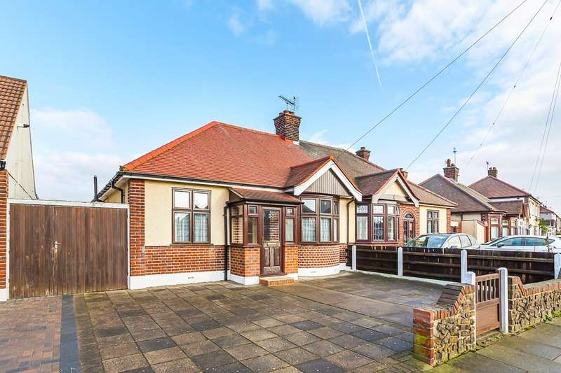 2 Bedrooms Detached Bungalow for sale in Buxton Road, Woodside