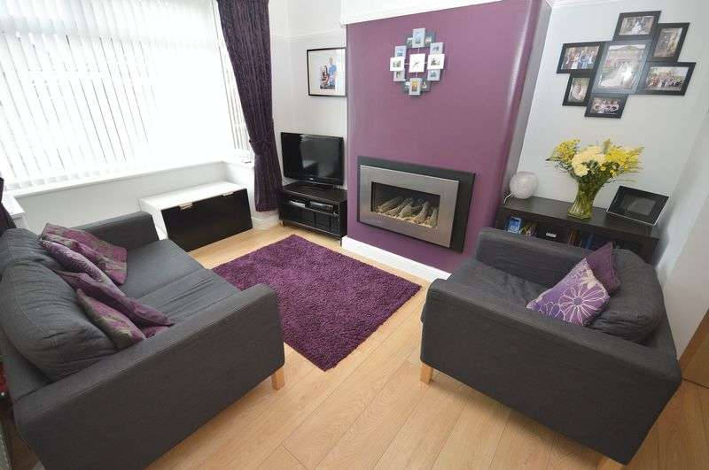 3 Bedrooms Semi Detached House for sale in 19 Hale Road, Widnes