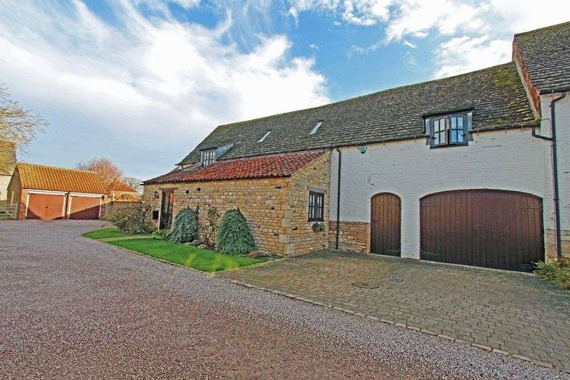 4 Bedrooms Semi Detached House for sale in Wonderfully Renovated Barn conversion Pannell Court, Baston