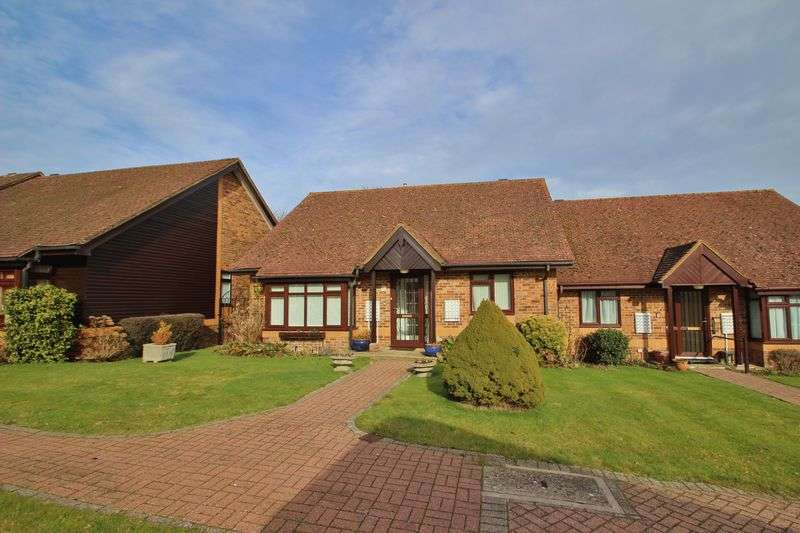 2 Bedrooms Retirement Property for sale in Cross Lane Gardens, Wadhurst