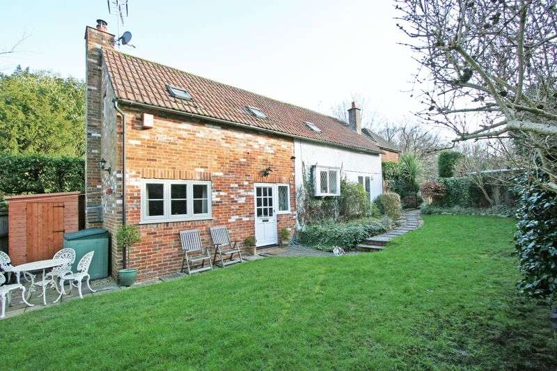 3 Bedrooms Detached House for sale in Egypt Lane, Farnham Common