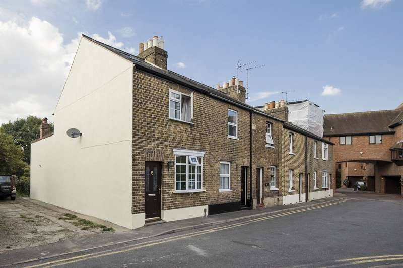 2 Bedrooms Terraced House for sale in King Stable Street, Eton
