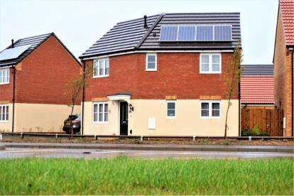 3 Bedrooms Detached House for sale in Foxglove Close, Whittlesey, Peterborough, Cambridgeshire