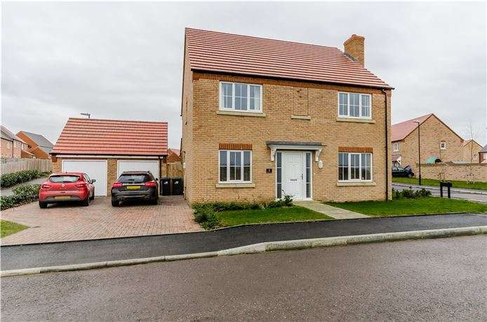 4 Bedrooms Detached House for sale in Chestnut Lane, Littleport, Ely