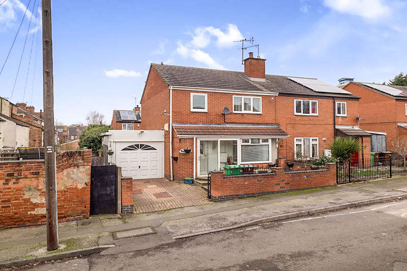 3 Bedrooms Semi Detached House for sale in Warner Street, NOTTINGHAM, NG7