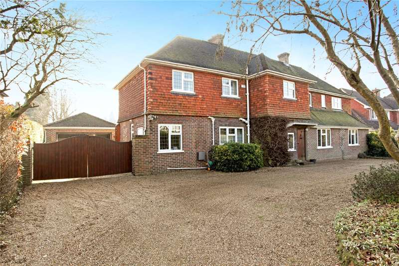 5 Bedrooms Detached House for sale in Pilgrims Way, Guildford, Surrey, GU4