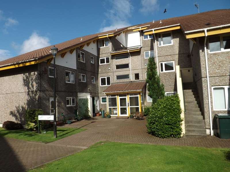 3 Bedrooms Duplex Flat for sale in Iona 53 Fairhaven, Dunoon, PA23 8NR