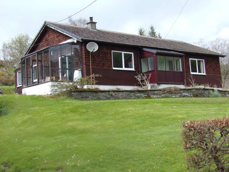 3 Bedrooms Bungalow for sale in 2 Torinturk , Tarbert, PA29 6YE