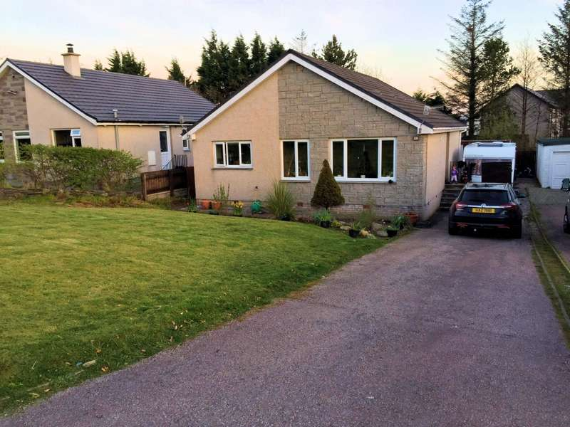 3 Bedrooms Detached Bungalow for sale in 32 Fernoch Park, Lochgilphead, PA31 8TG