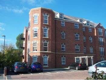 2 Bedrooms Flat for sale in Magnus Court, Alfreton Road, Chester Green, Derby, DE21 4TR
