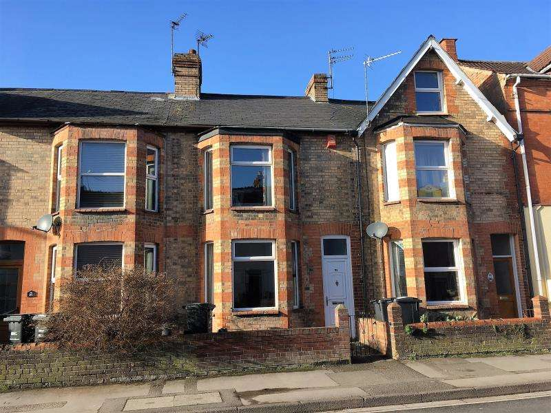 3 Bedrooms Terraced House for sale in Cheddon Road, Taunton, Somerset