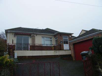 3 Bedrooms Bungalow for sale in Barton, Torquay, Devon