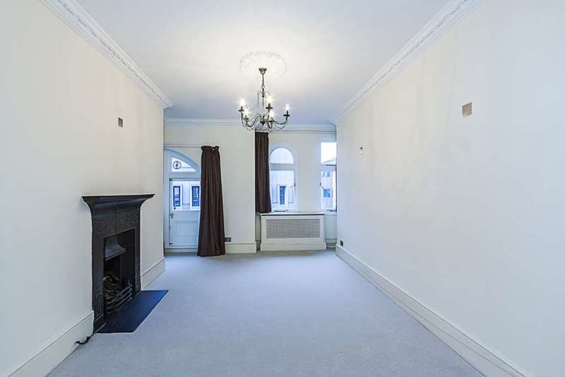 3 Bedrooms Apartment Flat for sale in Iverna Court, London