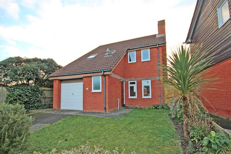 3 Bedrooms Detached House for sale in Summerfields, Littledown, Bournemouth