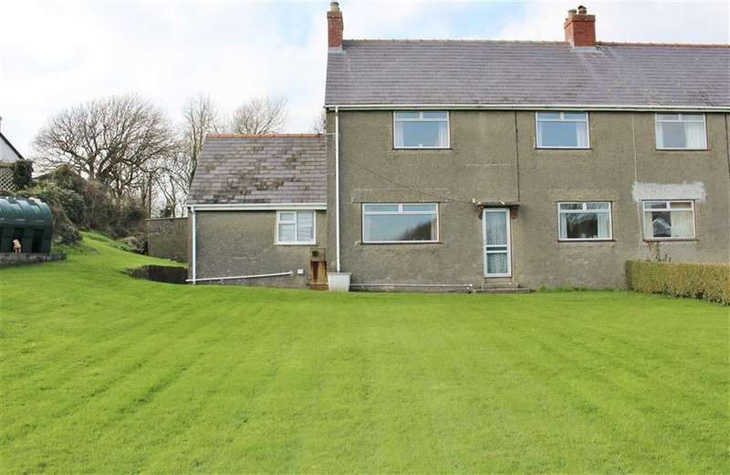 3 Bedrooms Property for sale in Overton, Port Eynon
