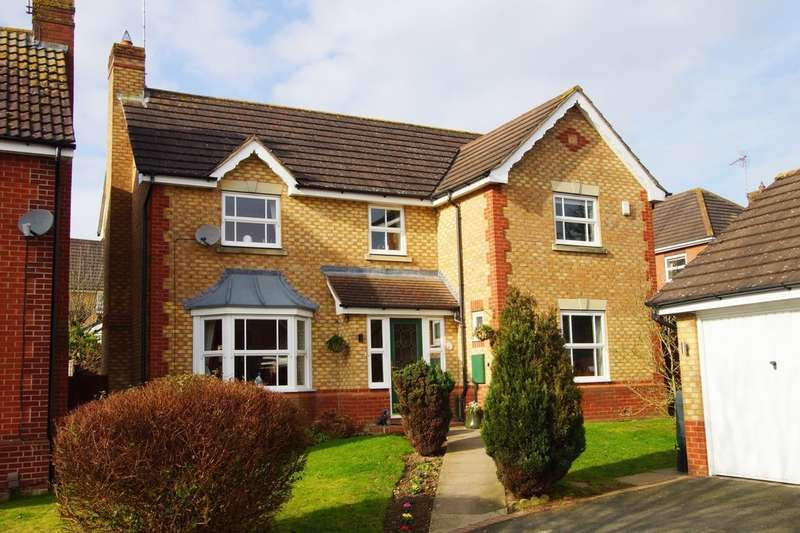 4 Bedrooms Detached House for sale in Fern Close, Portland Ridge, Rugby