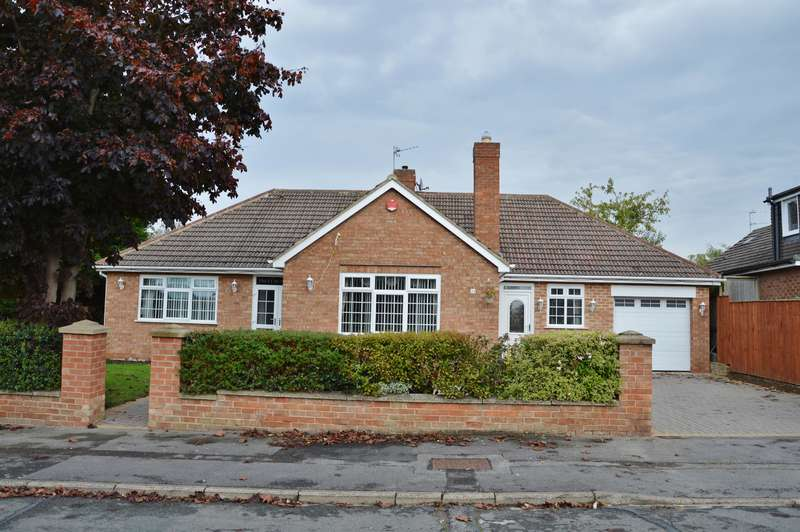 5 Bedrooms Detached Bungalow for sale in Worsley Crescent, Marton-in-Cleveland, Middlesbrough, TS7 8LU