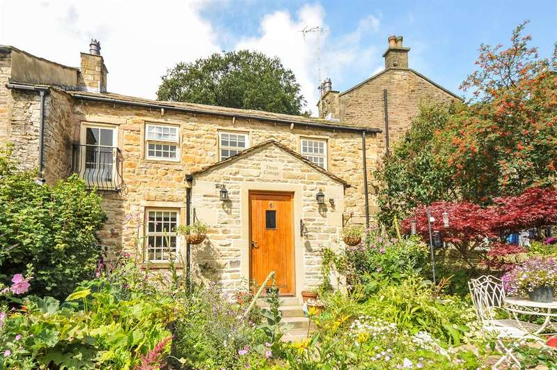 3 Bedrooms Cottage House for sale in Thorn Cottage, 6 Dale End, Lothersdale