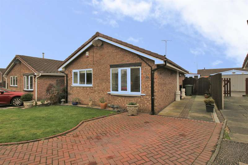2 Bedrooms Detached Bungalow for sale in Littlemore Close, Saughall Massie, Wirral, CH49 4GS