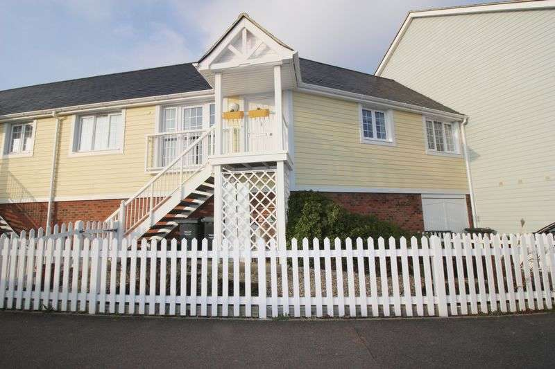 2 Bedrooms House for sale in Higham Avenue, Holborough Lakes