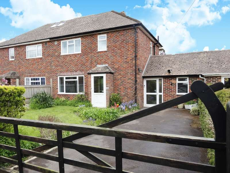 3 Bedrooms Semi Detached House for sale in Hillcrest Road, Templecombe