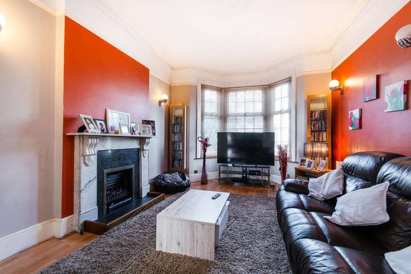 3 Bedrooms Terraced House for sale in Brook Road, Thornton Heath, CR7