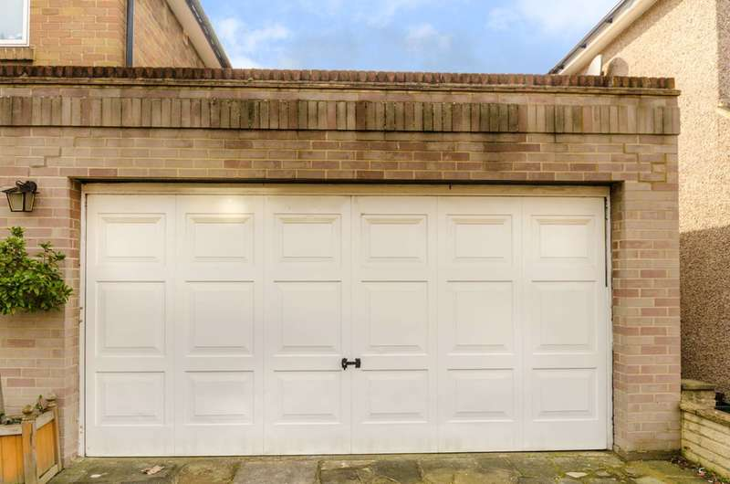 Garages Garage / Parking for sale in Akerman Road, Surbiton, KT6