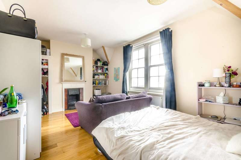 2 Bedrooms Flat for sale in Royal London Buildings, Peckham, SE15