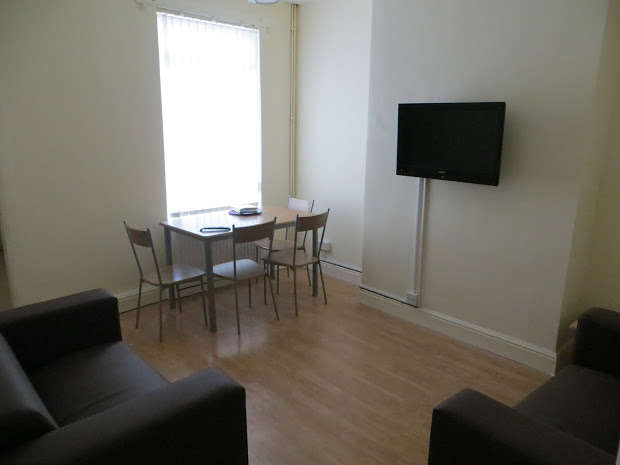 3 Bedrooms Terraced House for rent in Ridley Road, Kensington, LIVERPOOL, L6