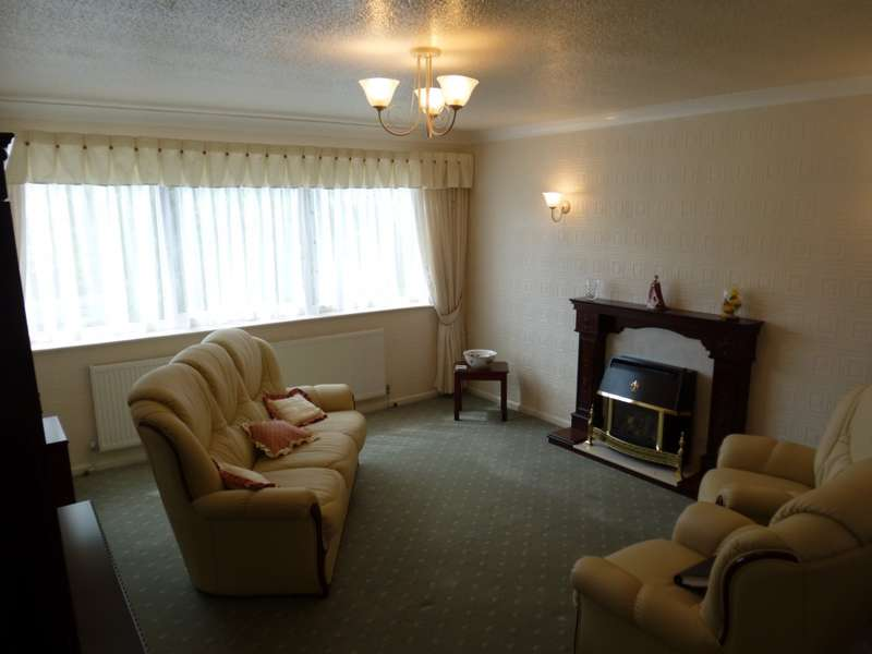 2 Bedrooms Apartment Flat for sale in Springfield Court, Meadow Lane, Whitegate Drive, Blackpool