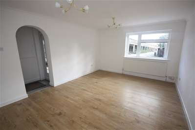 3 Bedrooms End Of Terrace House for sale in Scoter Close, Woodford Green