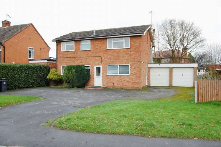 4 Bedrooms Detached House for sale in Bromsgrove Road Studley