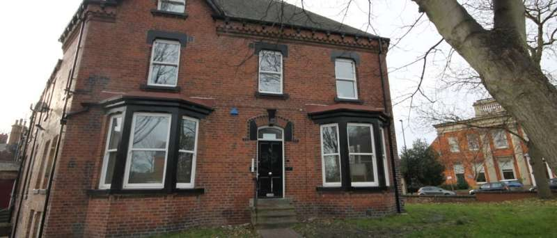 8 Bedrooms Semi Detached House for rent in Hyde Terrace, Leeds, LS2