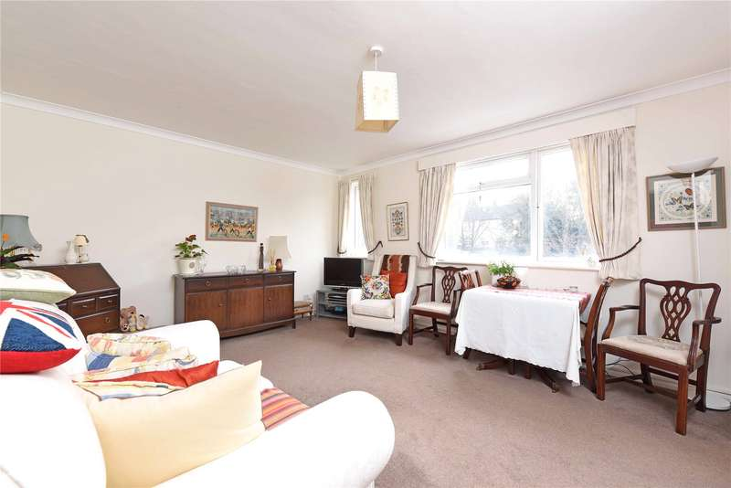 2 Bedrooms Flat for sale in Highview Court, Augustus Road, London, SW19