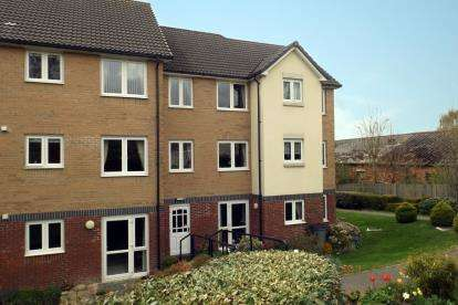 1 Bedroom Flat for sale in Yeovil, Somerset