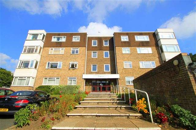 2 Bedrooms Flat for sale in Kingsmere, London Road, Brighton, East Sussex, BN1 6UW