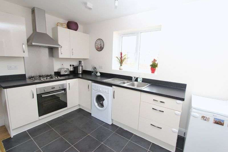 2 Bedrooms Flat for sale in Meadow Street, Walsall
