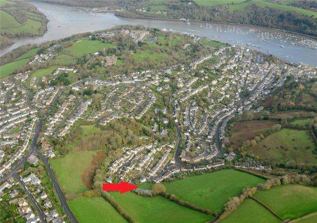 House for sale in Broad Park Road, Dartmouth, Devon