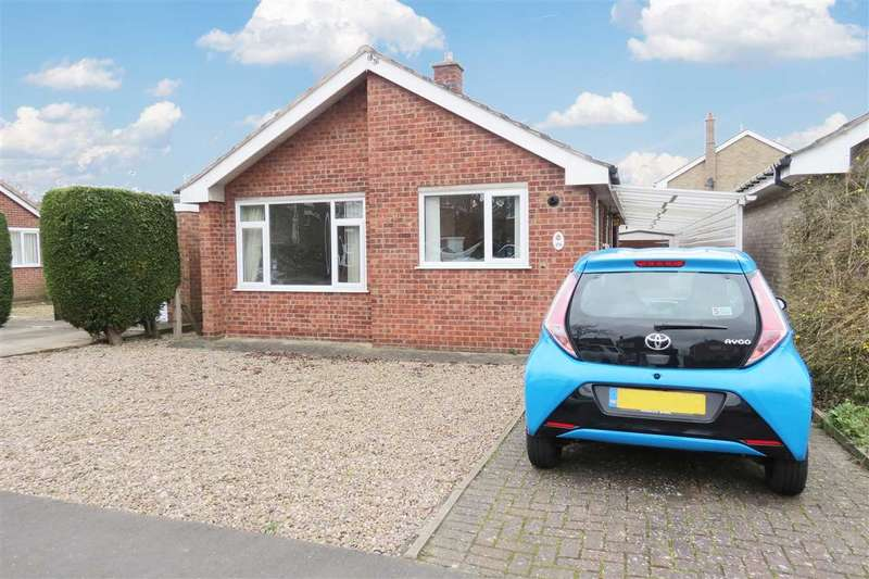 3 Bedrooms Detached Bungalow for sale in Russell Crescent, Sleaford